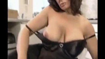 Horny British Housewife Free Mature Porn